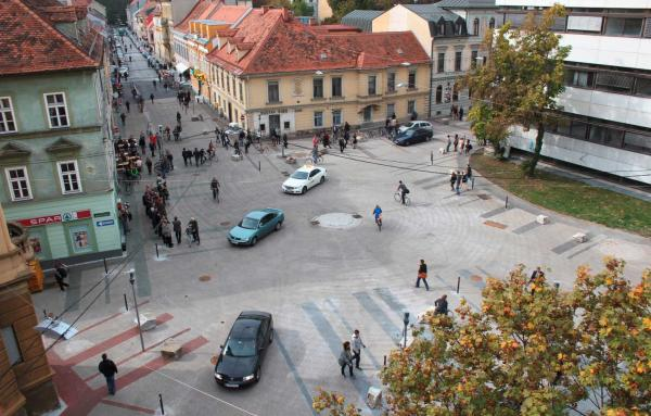 Article image for Shared space intersections mean less delay