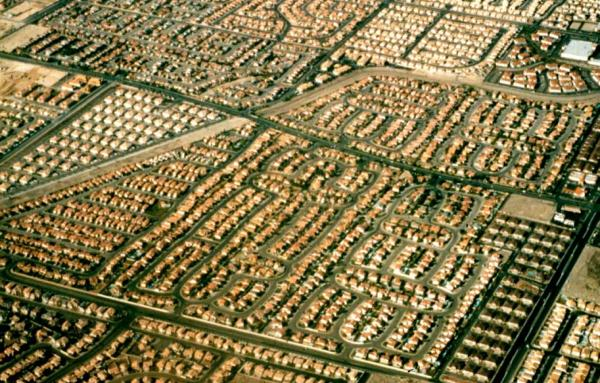 Article image for Reconfronting sprawl: Still paved with good intentions and asphalt